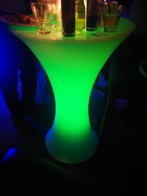 Светеща коктейлна маса PVC