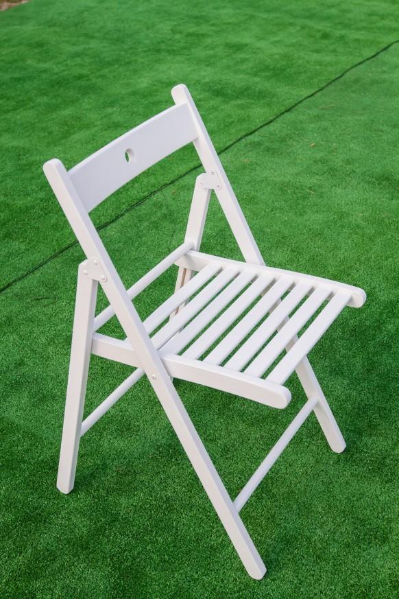 Дървен сгъваем стол